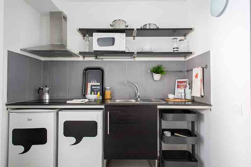 cocina-habitación-resa-barcelona