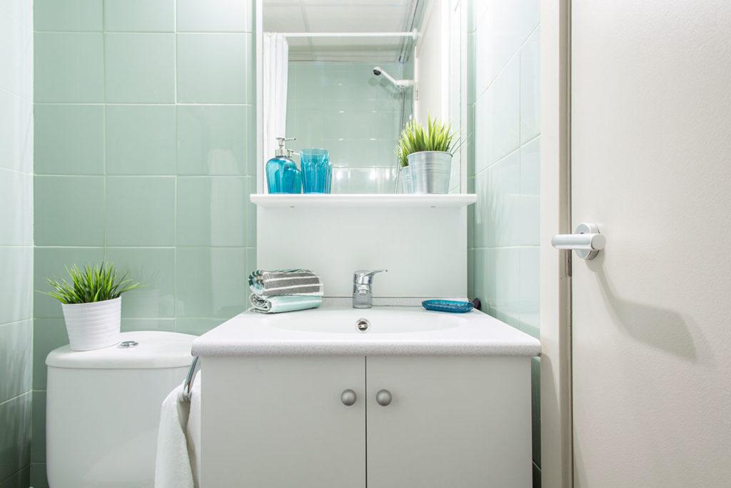 habitacion baño individual resa bilbao blas otero