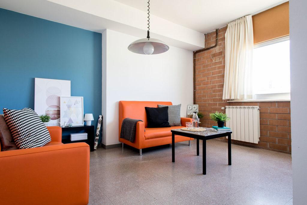 salon-comedor apartamento resa girona