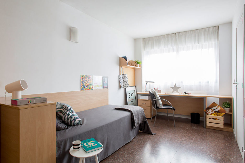 Residencia colegio de cuenca habitaciones y precios for Habitaciones para universitarios