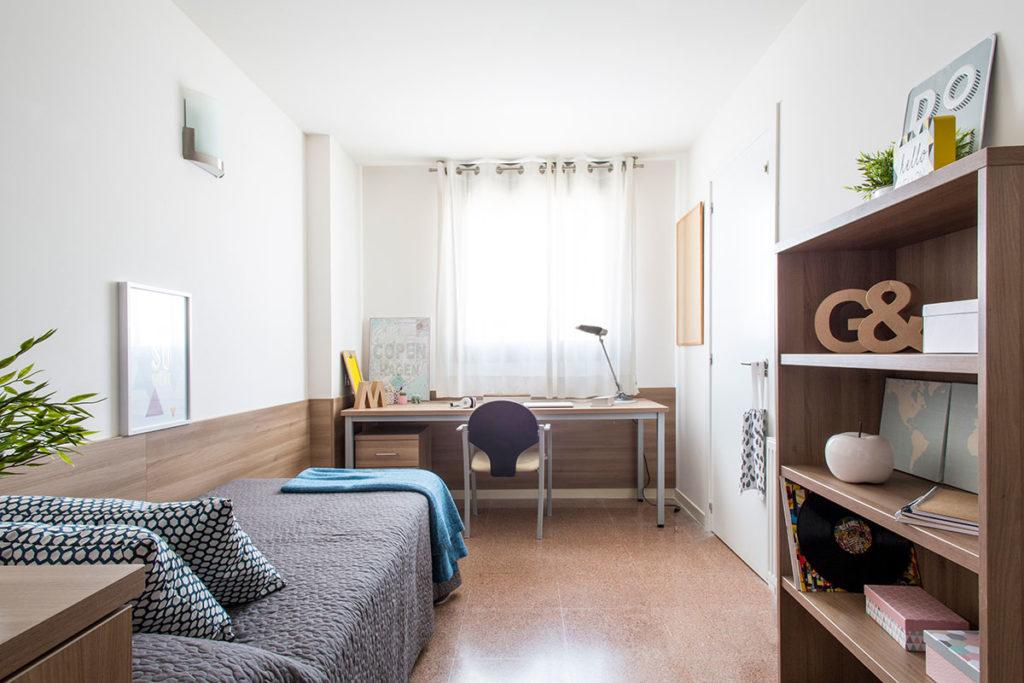resa habitacion individual con cocina compartida