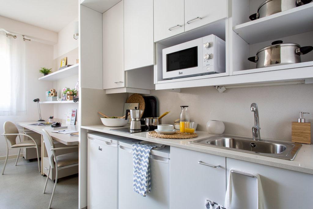 resa cocina habitacion doble
