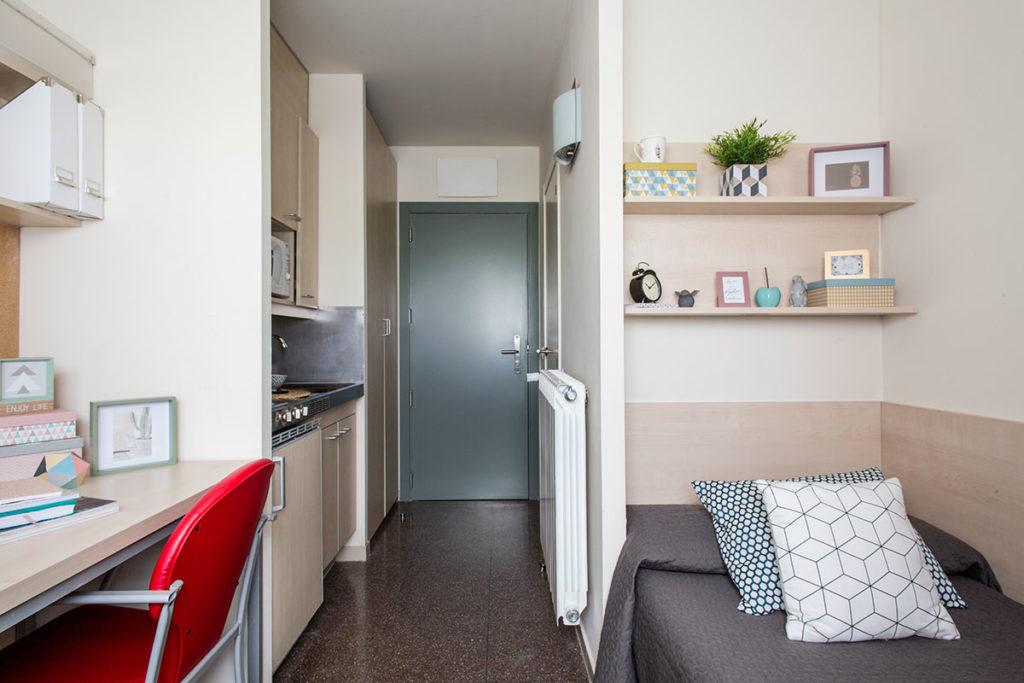 estudio individual residencia resa pamplona